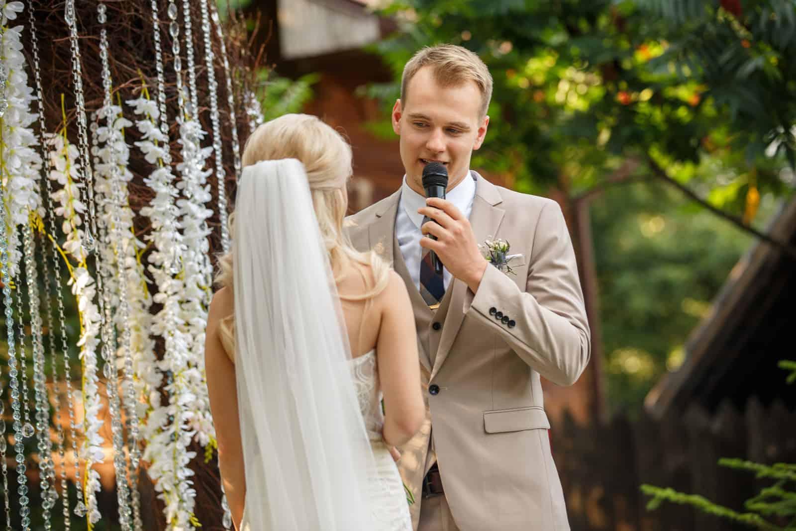 Die Lustigsten Schonsten Und Romantischsten Hochzeitsgedichte