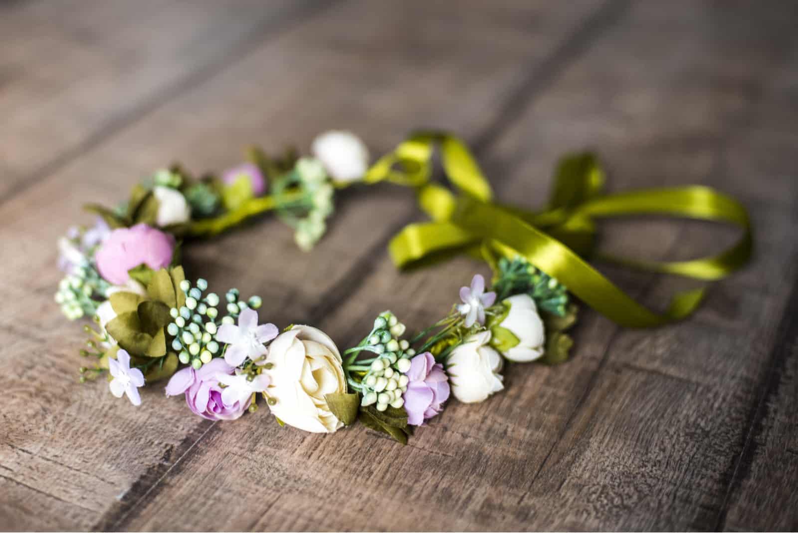 Brautkranz aus Blumen