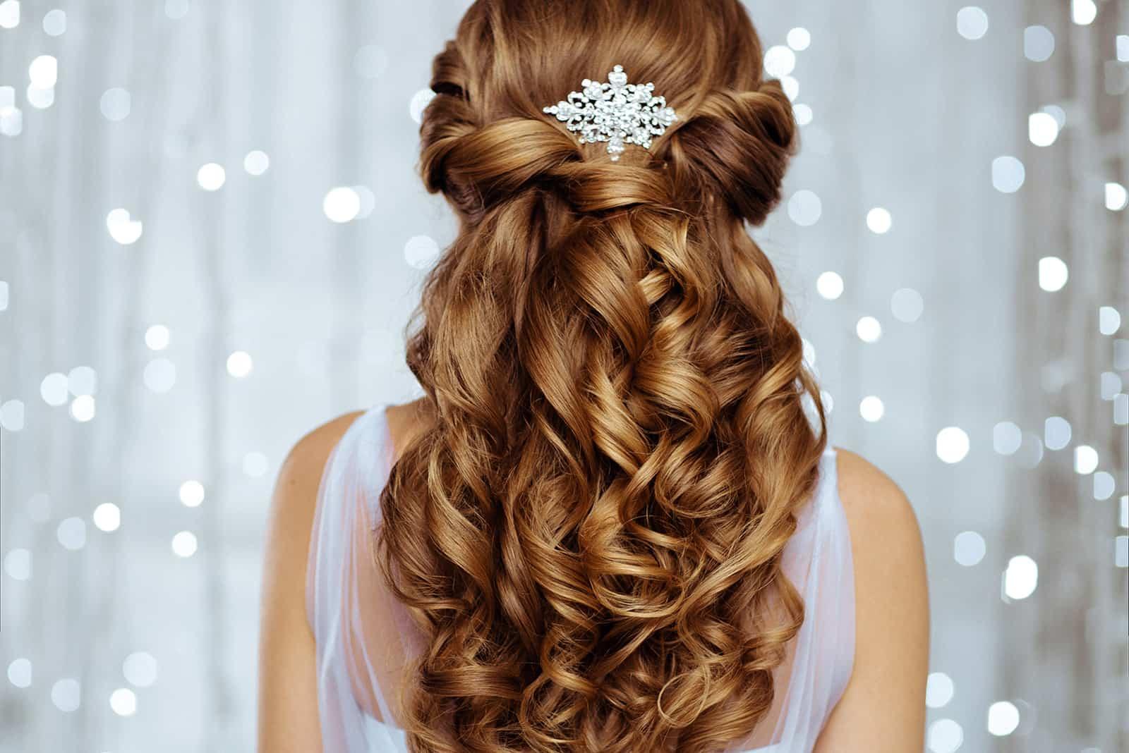 Diamanten im Haar der Braut