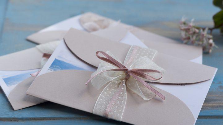 Die besten Ideen, Tipps und Sprüche für die Einladung zum Polterabend