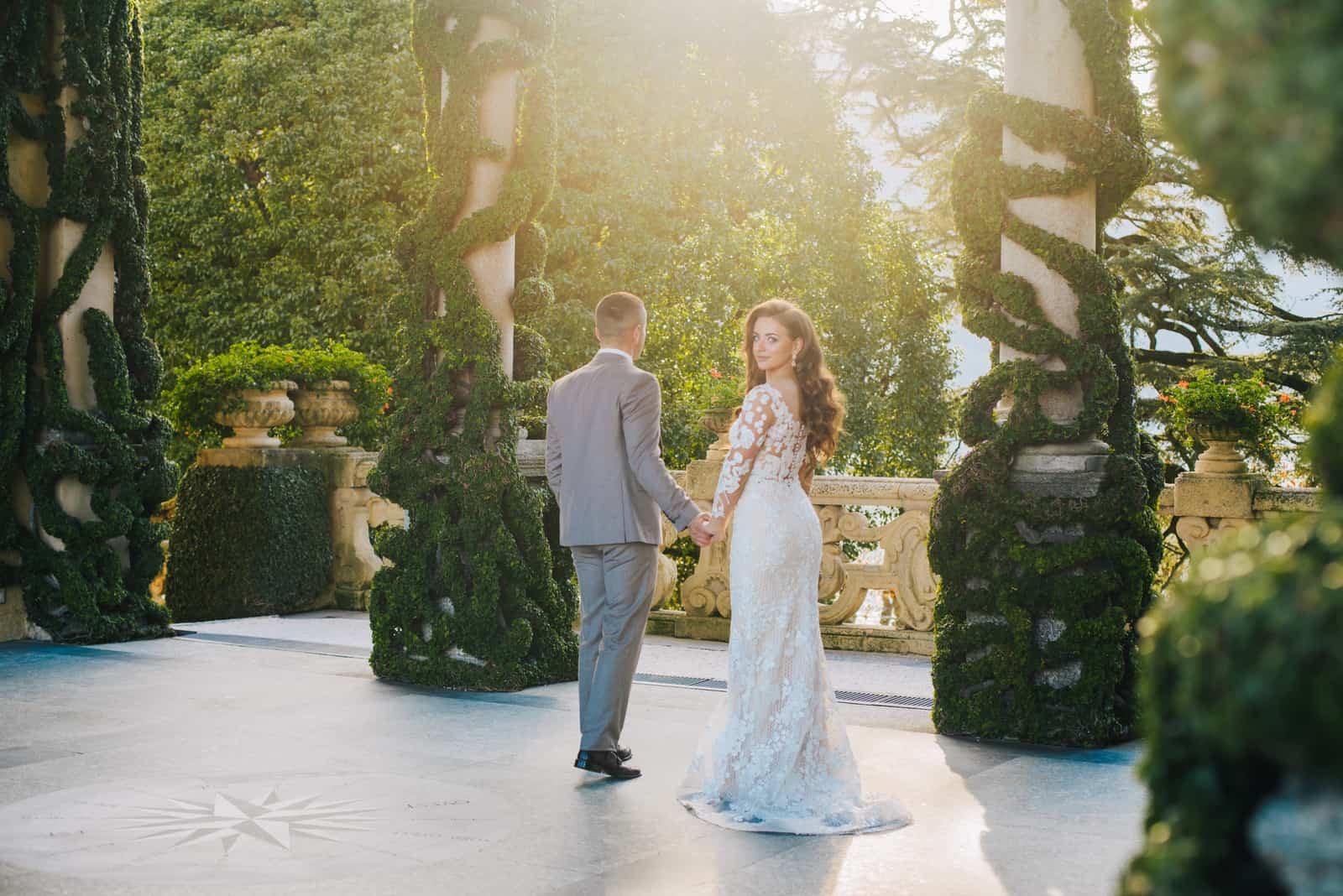 Hochzeit Fotoshooting schönes Paar Braut und Bräutigam