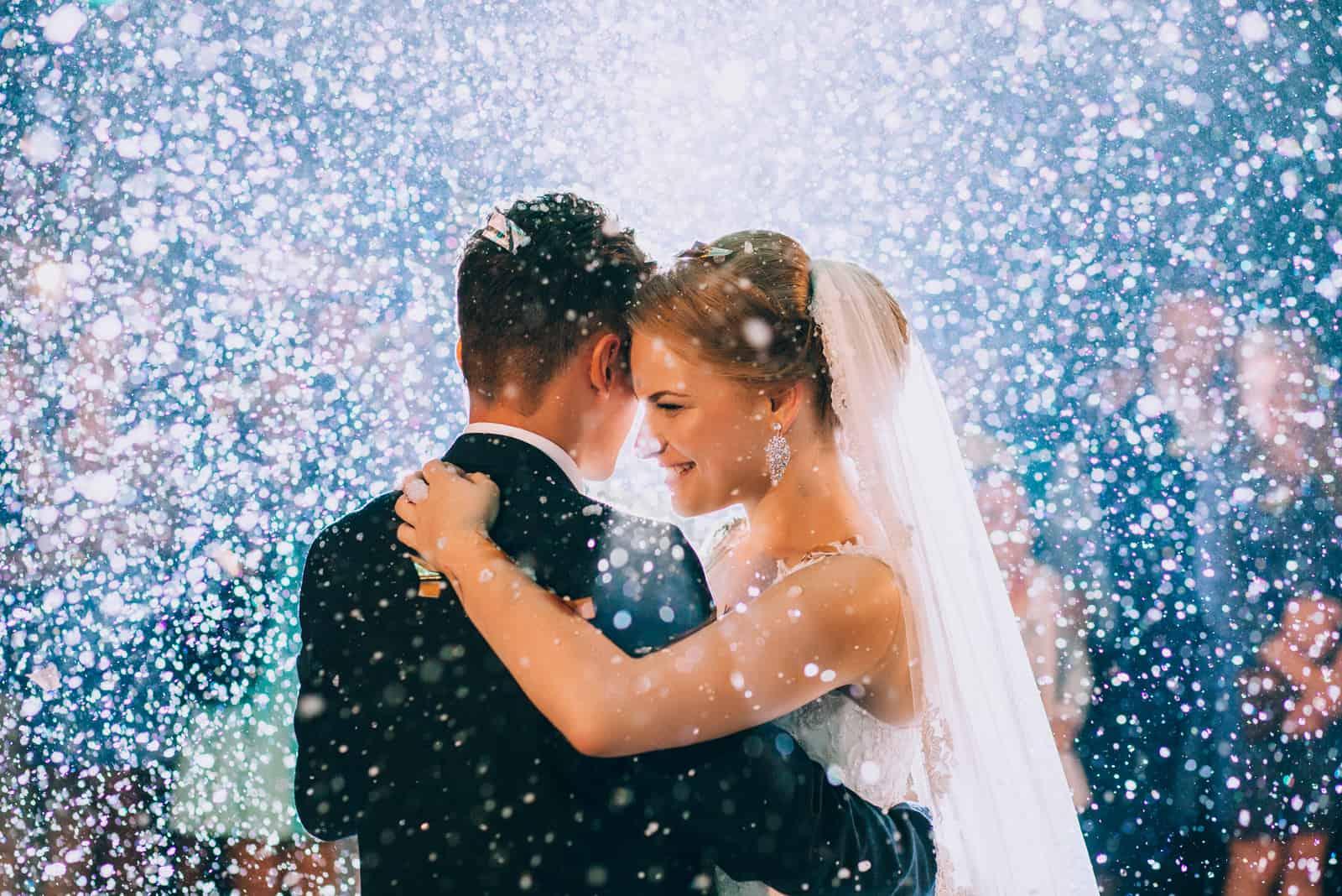 Erster Hochzeitstanz des Brautpaares