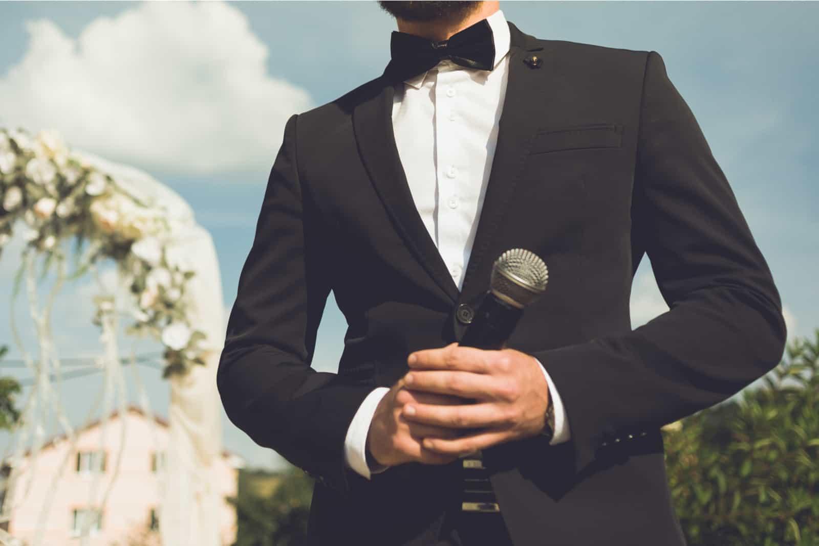 Hochzeitslautsprecher mit Mikrofon
