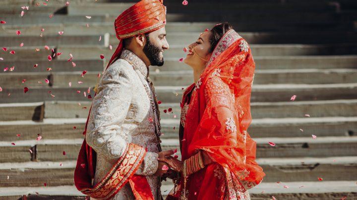 Indische Hochzeit: Alles über Hochzeitsbräuche, Rituale, Ablauf und Regeln