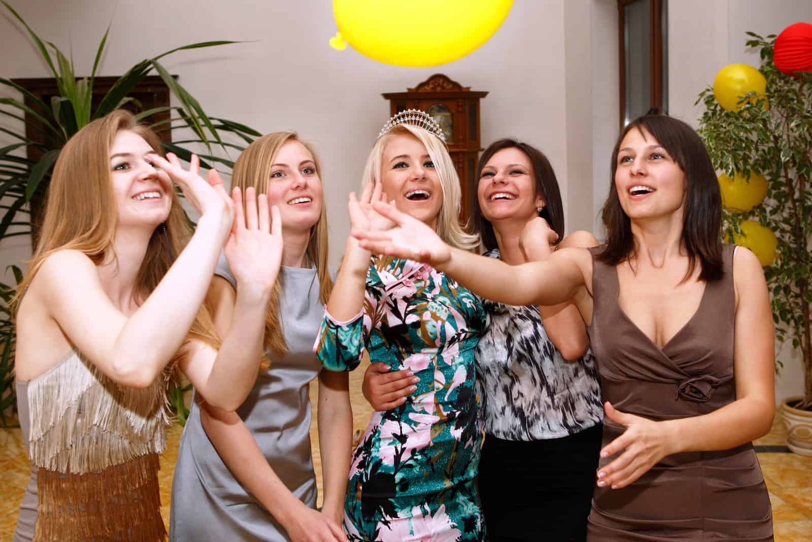 Party Brautjungfern vor der Hochzeit