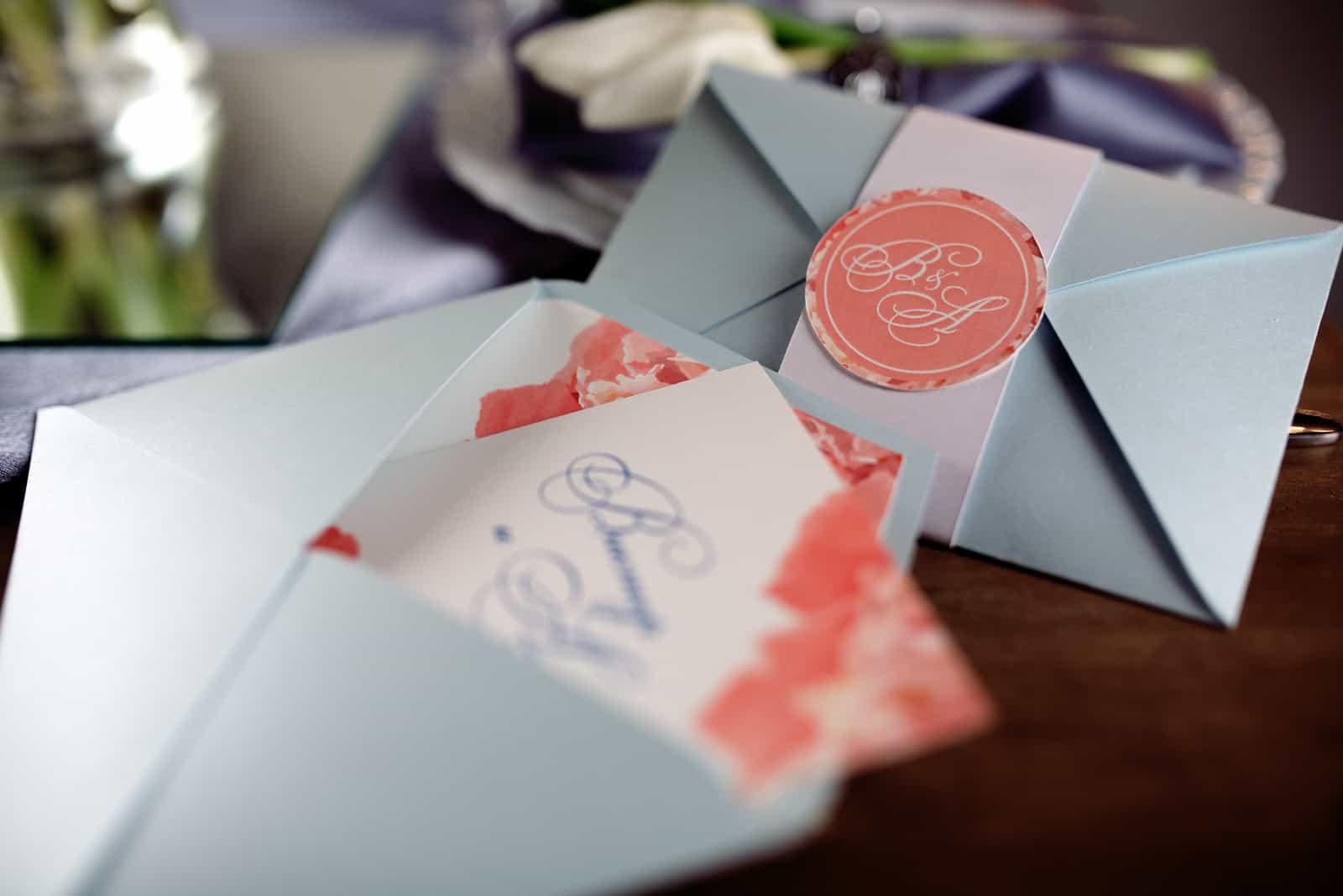 Umschlag Brief auf dem Tisch