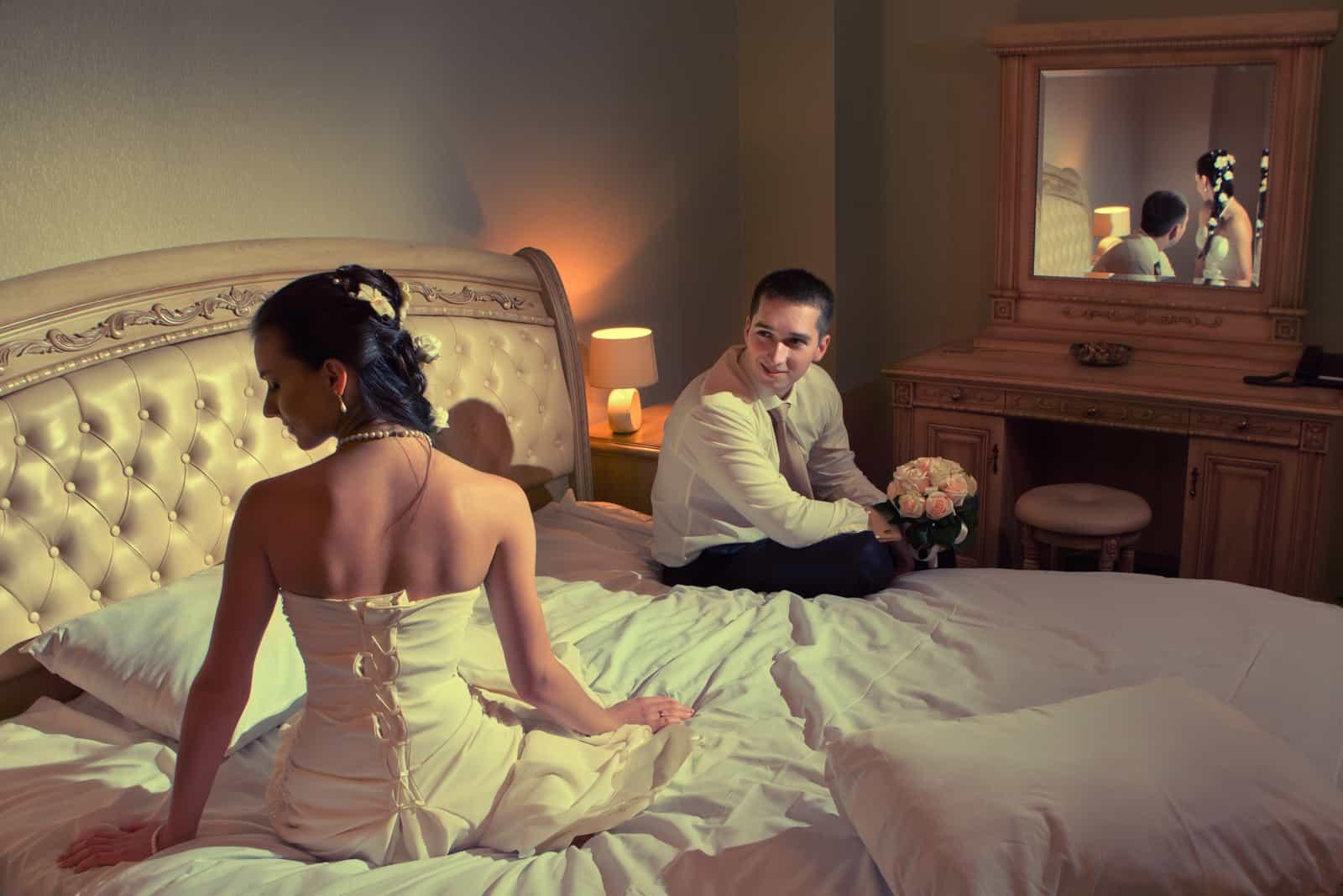 die erste Leseabend der Jungvermählten im Raum