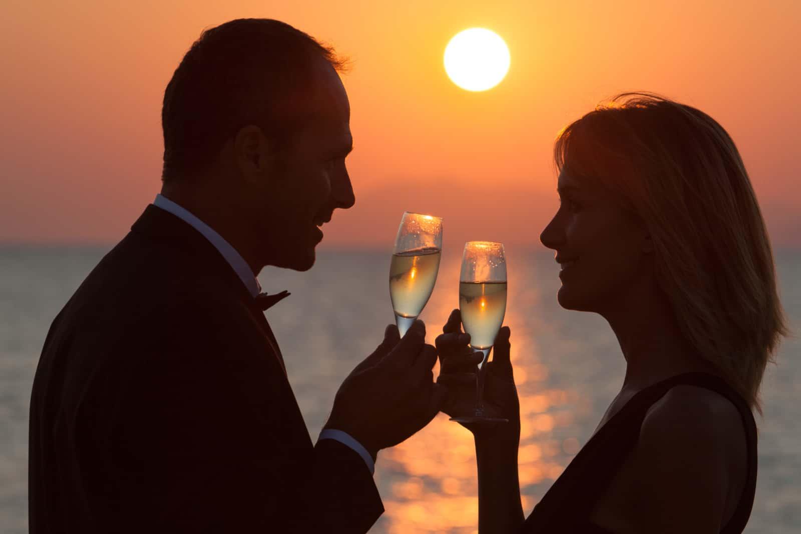 17 Jahre verheiratet: Bedeutung, Sprüche und Glückwünsche