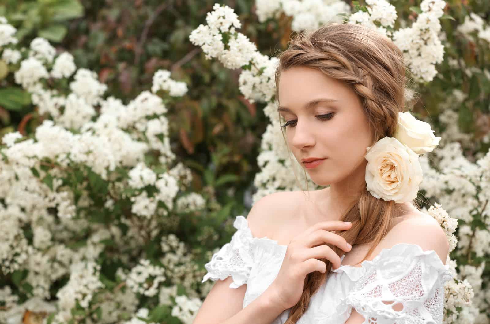 Braut mit geflochtenem Haar