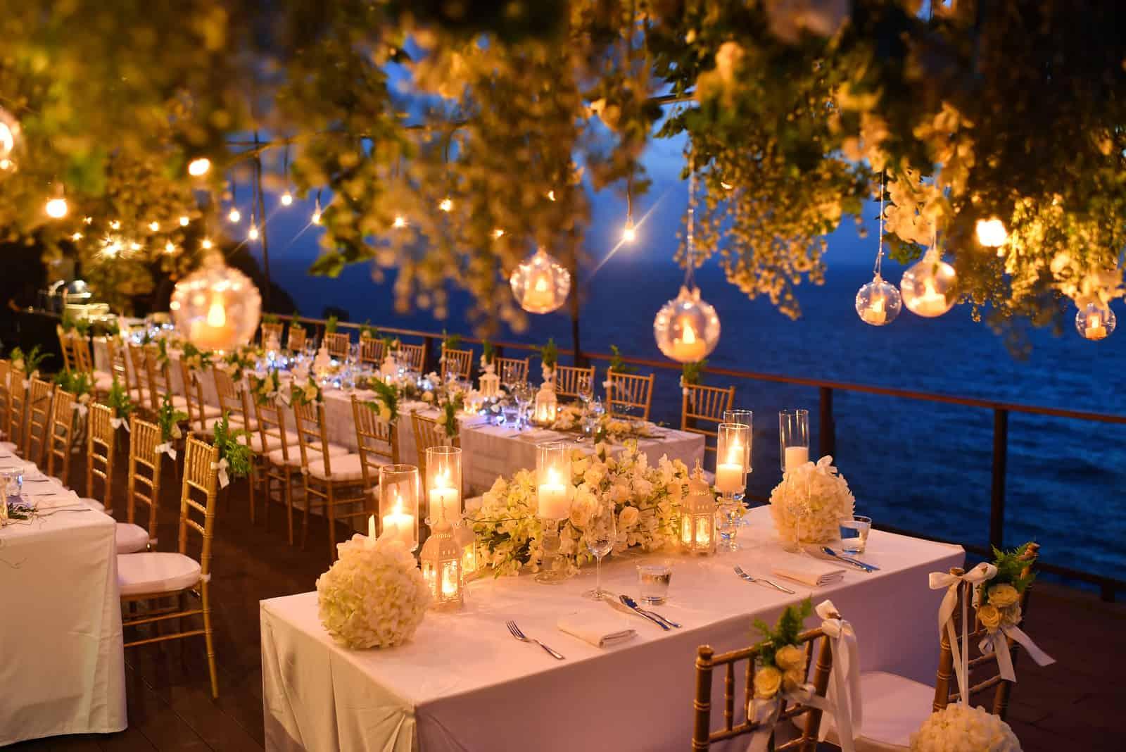 Hochzeits Setup am Abend