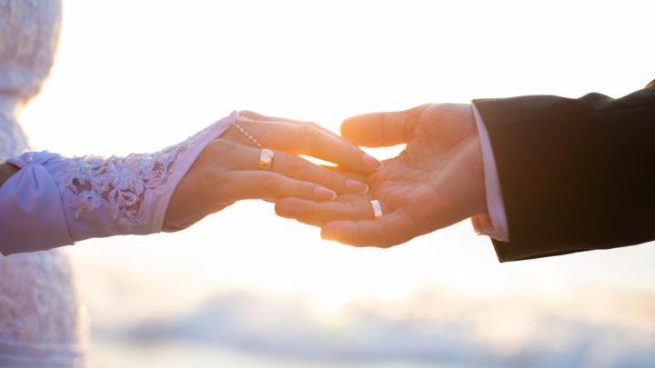 Strandhochzeit: An einer traumhaften Location heiraten und feiern